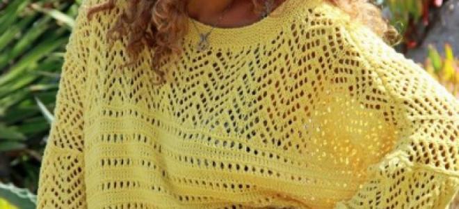 Свитер-наволочка спицами гладким полотном и косами