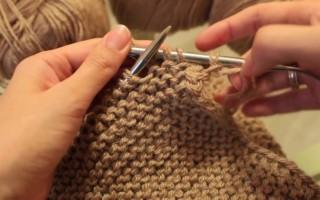 Платочная вязка спицами для новичков в рукоделии